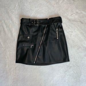 EXPRESS BRAND black leather skirt